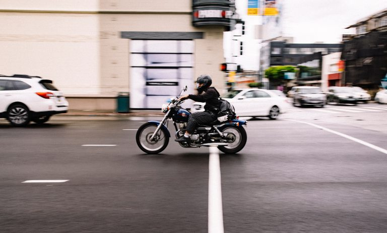 bike-biker-blur-631037